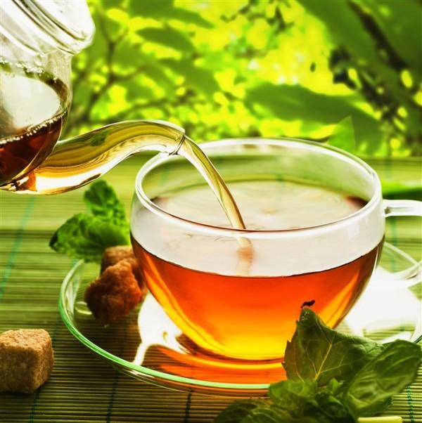 Menopauza, tratamente şi remedii naturiste